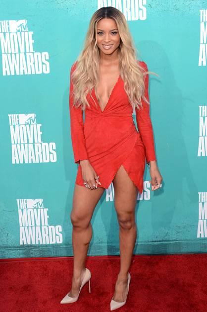 Diva Ciara arrives at the 2012 MTV Movie Awards.