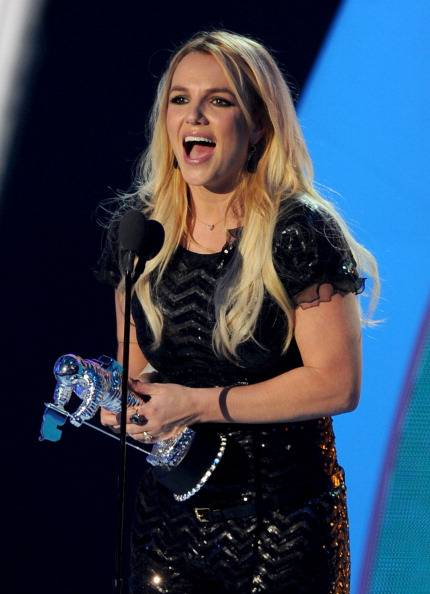 Britney takes herself home a Moonman for best pop video
