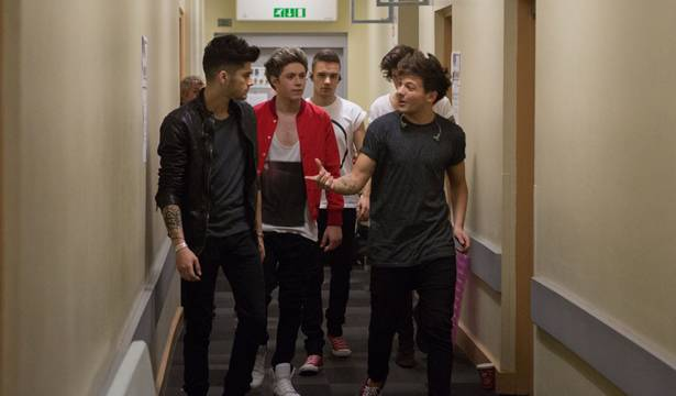 One Direction - Back to the Hotel after another sold-out show