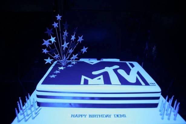 MTV Winter House Party: Adelaide - Winner Demi's cake.