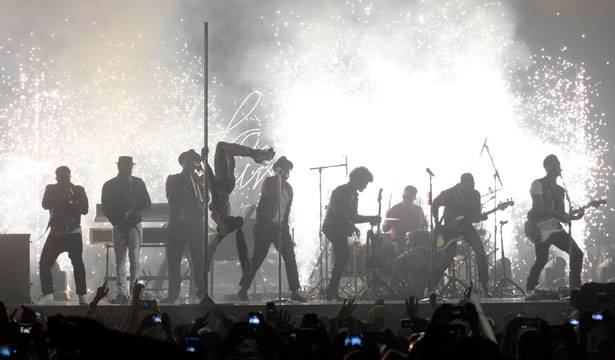 Bruno Mars - EMA 2013