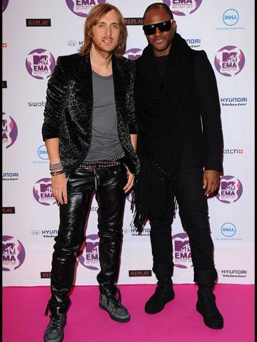 David Guetta and Taio Cruz arrive at the 2011 MTV EMA.