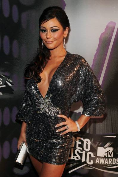 J-Woww from hit show Jersey Shore looking fine on the carpet at the 2011 MTV Video Music Awards.