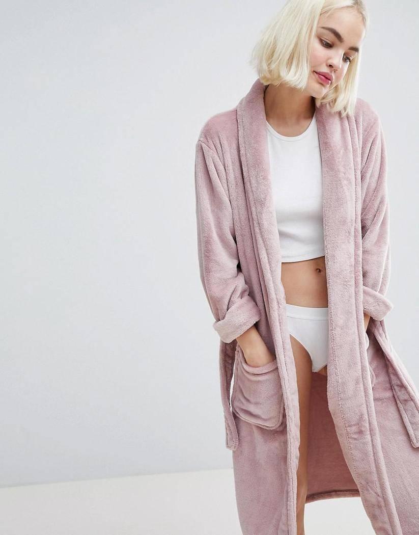 new-look-pink-fluffy-longline-robe.jpeg