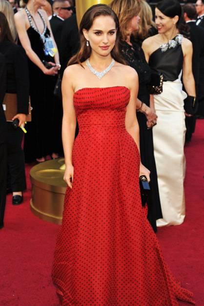 Natalie Portman arrives at the 2012 Oscars.