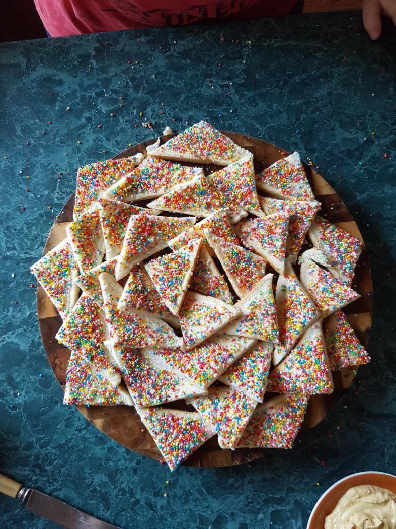 fairy_bread_-_polyglittery.jpg