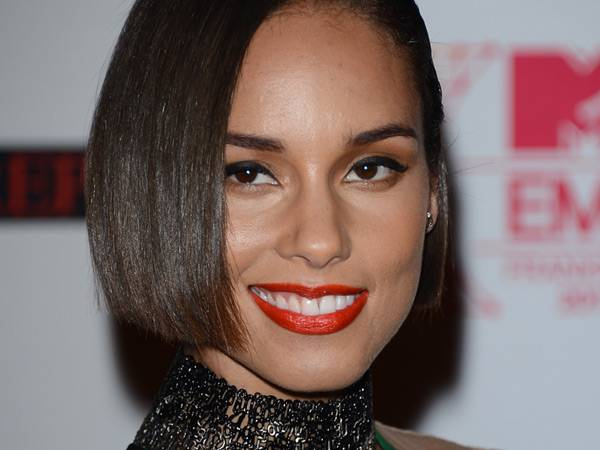 Alicia Keys @ the '2012 MTV EMA' Red Carpet