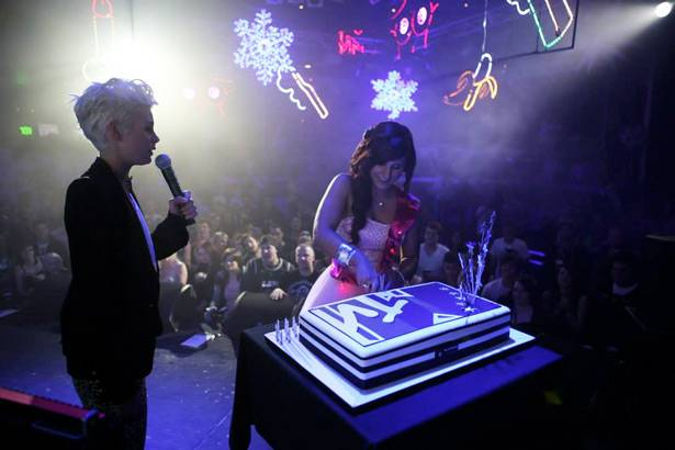 MTV Winter House Party: Adelaide - Kate Peck supervises as the birthday girl cuts the cake onstage.