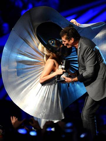 Lady Gaga jokes about David Hasselhoff's manhood as he presents her with the 'Best Female' award!