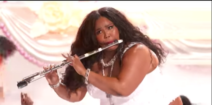 lizzo-3.png