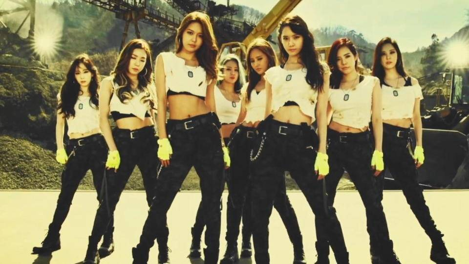 girls-generation-catch-me-if-you-can-group-snsd.jpg