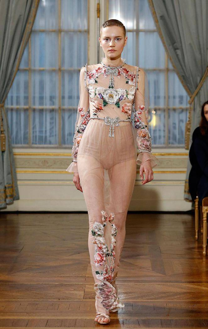 couture-fw-dresses-17.jpg