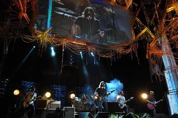 Foo Fighters photographed while rehearsing 'Walk,' from their album 'Wasting Light,' for their performance at the 2011 MTV Movie Awards.