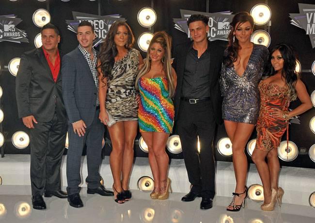 The Jersey Shore cast arrive at the 2011 VMAs!