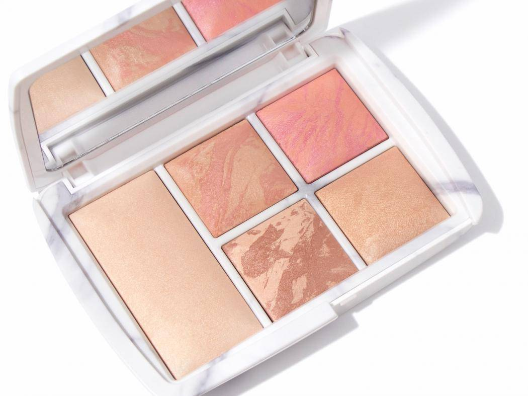 hourglass-ambient-the-edit-surreal-light-1111.jpg