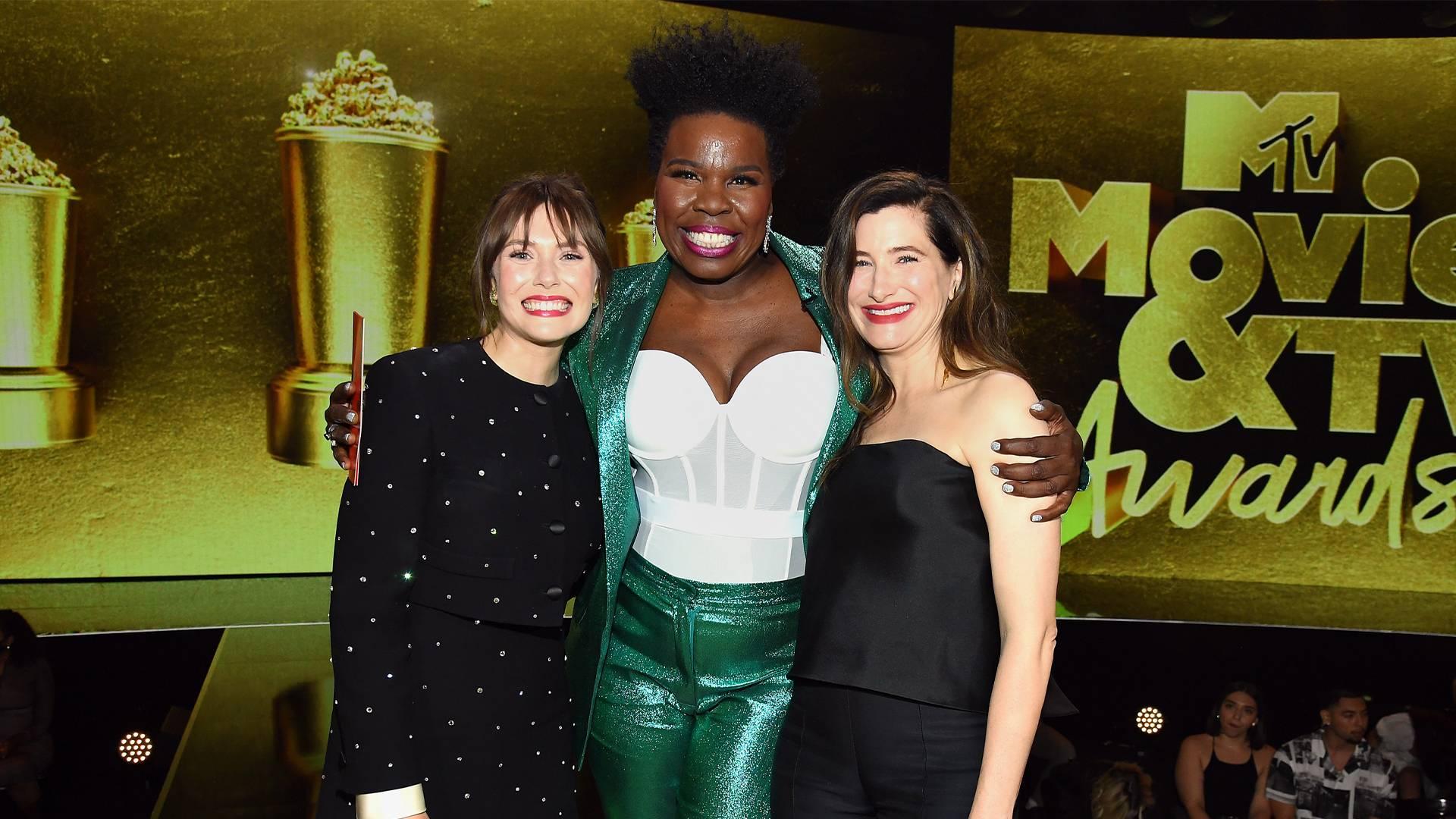 Movie & TV Awards 2021 | Highlights Gallery Leslie Jones/Elizabeth Olsen/Kathryn Hahn | 1920x1080