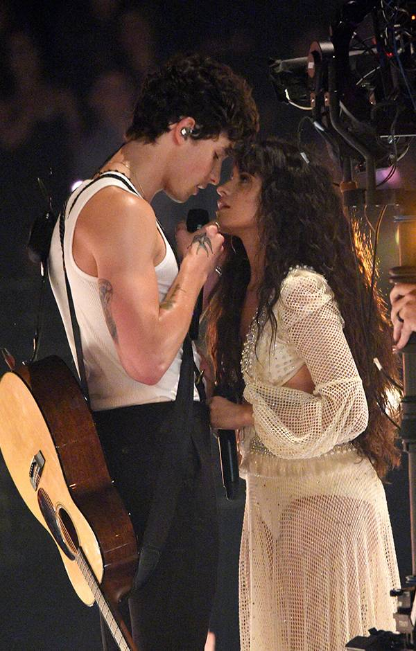 Shawn Mendes and Camila Cabello get close onstage at the 2019 VMAs.