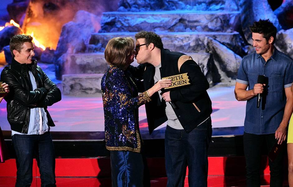 Movie & TV Awards 2014 | Lip Lock Flipbook Dave Franco/Seth Rogen/Zac Efron | 940x600