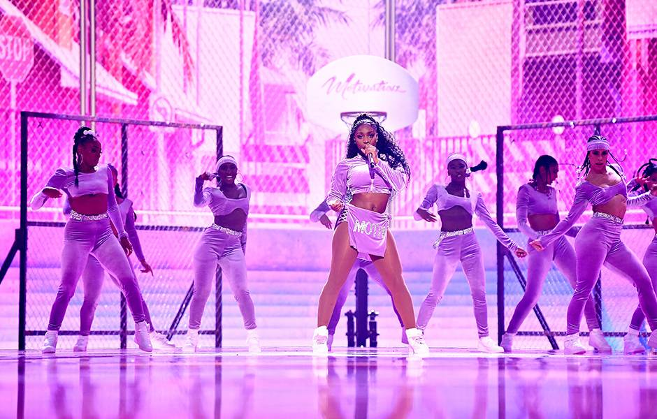 Normani kills it during her performance at the 2019 VMAs.