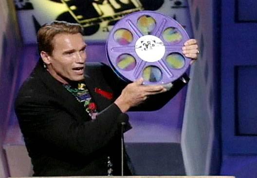 /content/ontv/movieawards/images/1992/flipbook/Arnold.jpg