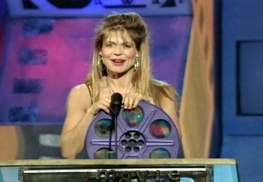 /content/ontv/movieawards/images/1992/flipbook/LindaHamilton.jpg