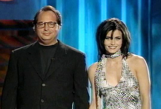 /content/ontv/movieawards/images/1995/flipbook/Hosts-CourtneyCoxJonLuvitz.jpg