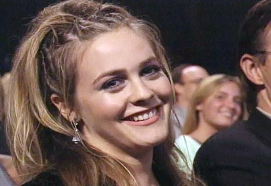 /content/ontv/movieawards/images/1997/flipbook/AliciaSilverstone.jpg