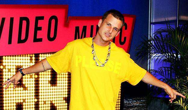 See? He CAN live without big. Temporarily. Rob Dyrdek of 'Rob Dyrdek's Fantasy Factory' makes his way down the red carpet at the 2007 MTV Video Music Awards.