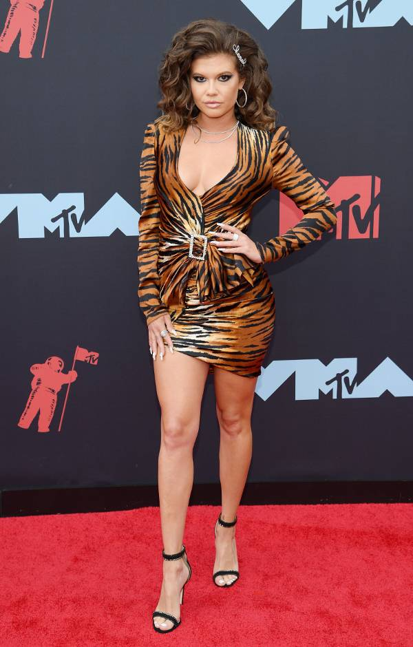 mgid:file:gsp:entertainment-assets:/mtv/events/vma/2019/images/vma19_flipbook_chanel_600x940_082619.jpg