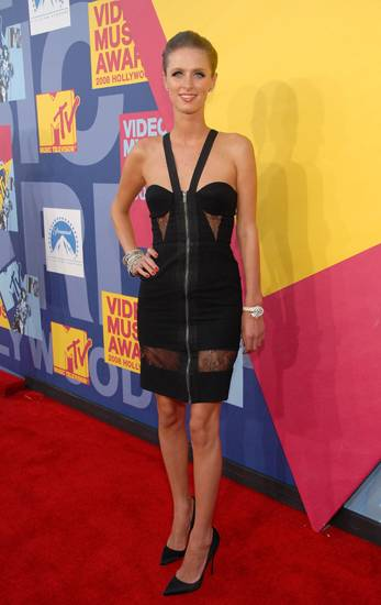 Nicky Hilton sports a slim, zippered, lacy number with peek-a-boo cut-outs at the 2008 VMAs. Paris who?