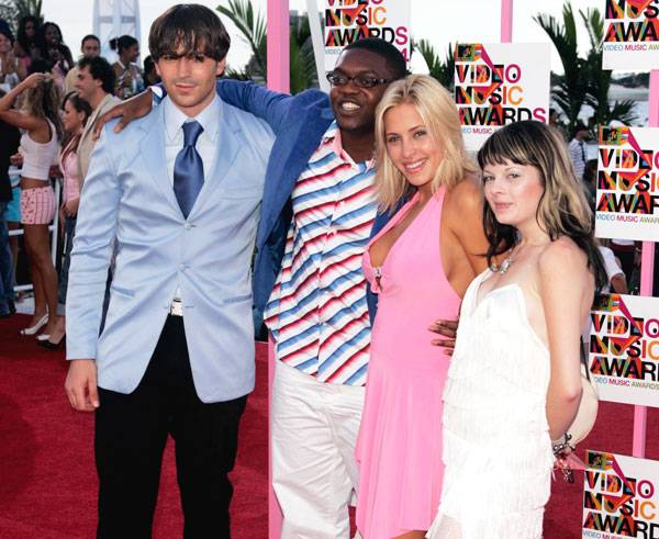 """'Real World: San Diego' roommates Randy, Jacquese, Robin and Frankie reunite for the 2004 Video Music Awards in Miami. Less than two years later, Frankie would <a href=""""http://www.mtv.com/news/articles/1562302/20070612/index.jhtml"""">lose her battle with cys"""