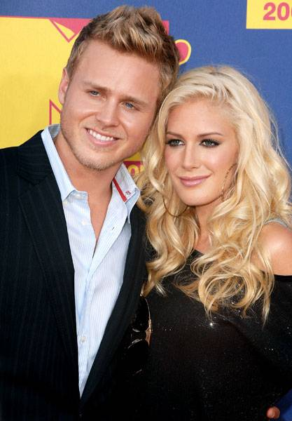 'The Hills'' infamous couple, Spencer Pratt and Heidi Montag, lean in for a pic at the 2008 MTV Video  Music Awards.
