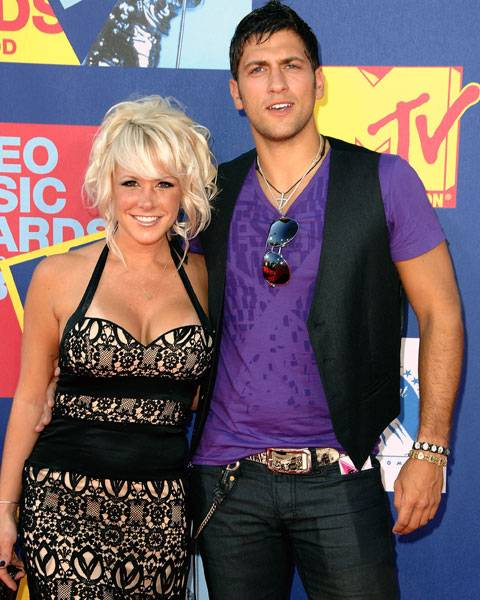 Paula Meronek and Kenny Santucci of 'The Real World/Road Rules Challenge: 'The Island'' make a picture-perfect pair at the 2008 MTV Video Music Awards.