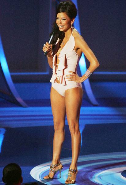 08.28.2005, Miami, FL: Everyone in the audience must have wanted to take a dip in a pool after seeing Eva Longoria in her VMA bathing suit outfit.