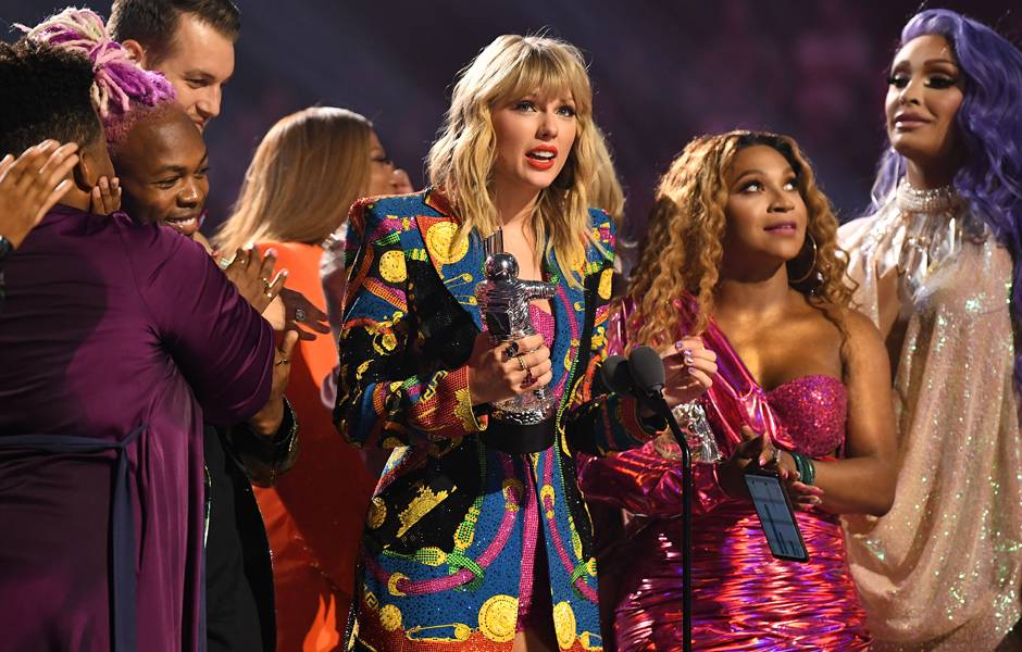 """Taylor Swift thanks fans who embraced the message of """"You Need to Calm Down."""""""