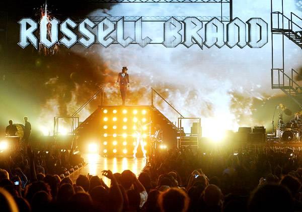 /content/ontv/vma/2009/photo/flipbook/09-show-highlights/russell-brand_picgroup50681.jpg