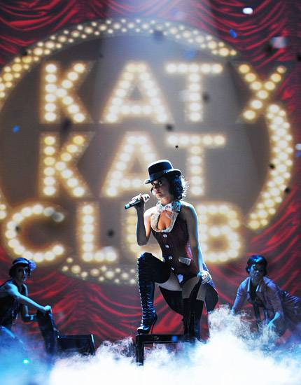 /content/music/ema/2009/photos/show-highlights/92808041-katy-perry.jpg
