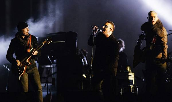 /content/music/ema/2009/photos/show-highlights/92806391-u2.jpg