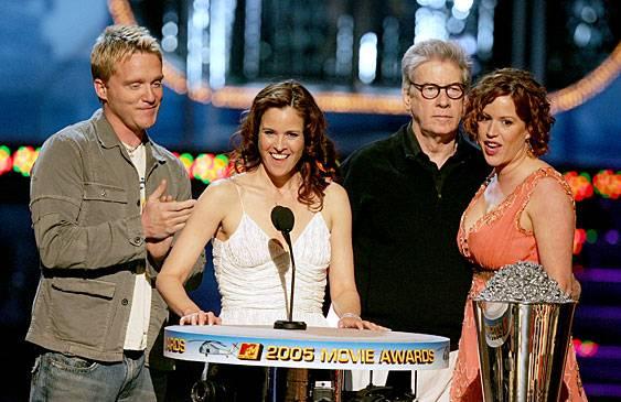 /content/ontv/movieawards/retrospective/photo/flipbooks/most-memorable-movie-awards-moments/2005-breakfast-club.jpg