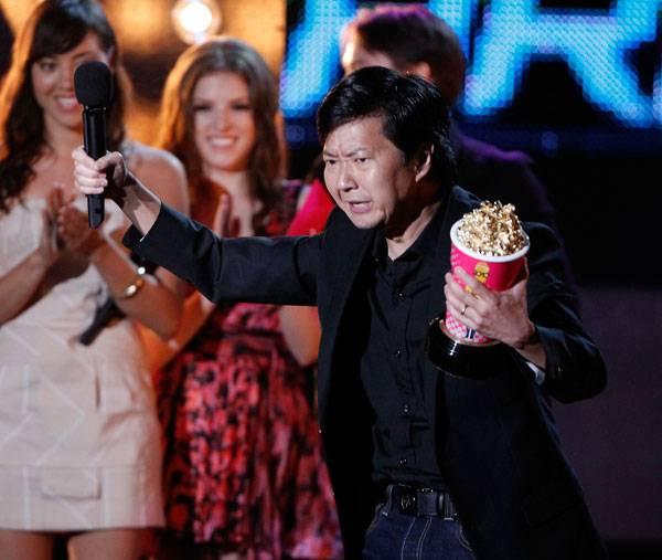 /content/ontv/movieawards/2010/photo/flipbook/10-show-highlights/ken-jeong-getty101673263.jpg