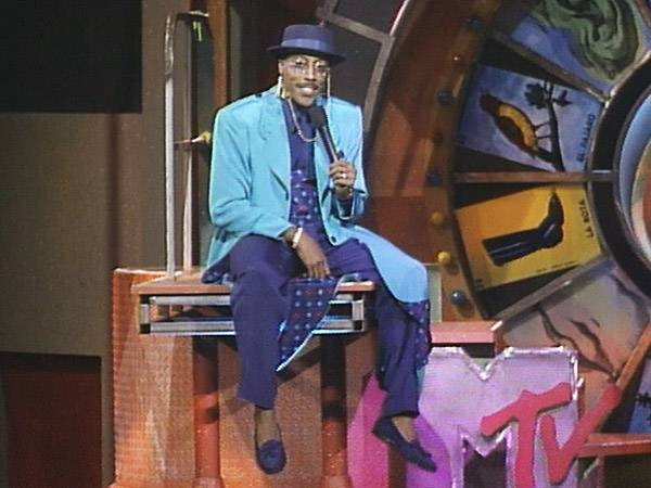 From 1988 to 1991, comedian Arsenio Hall dominated the VMA stage with his non-stop jokes and endless rainbow of colorful suits. (MTV)