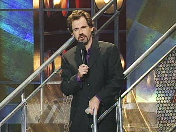 Wiseguy Dennis Miller took over the 1995 and 1996 VMAs with his cooler-than-you attitude filled with cunning cracks at celebs. (MTV)