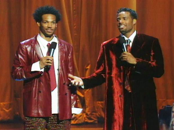 Marlon and Shawn Wayans proved that two brothers can really bring down the house at the 2000 VMAs. (MTV)