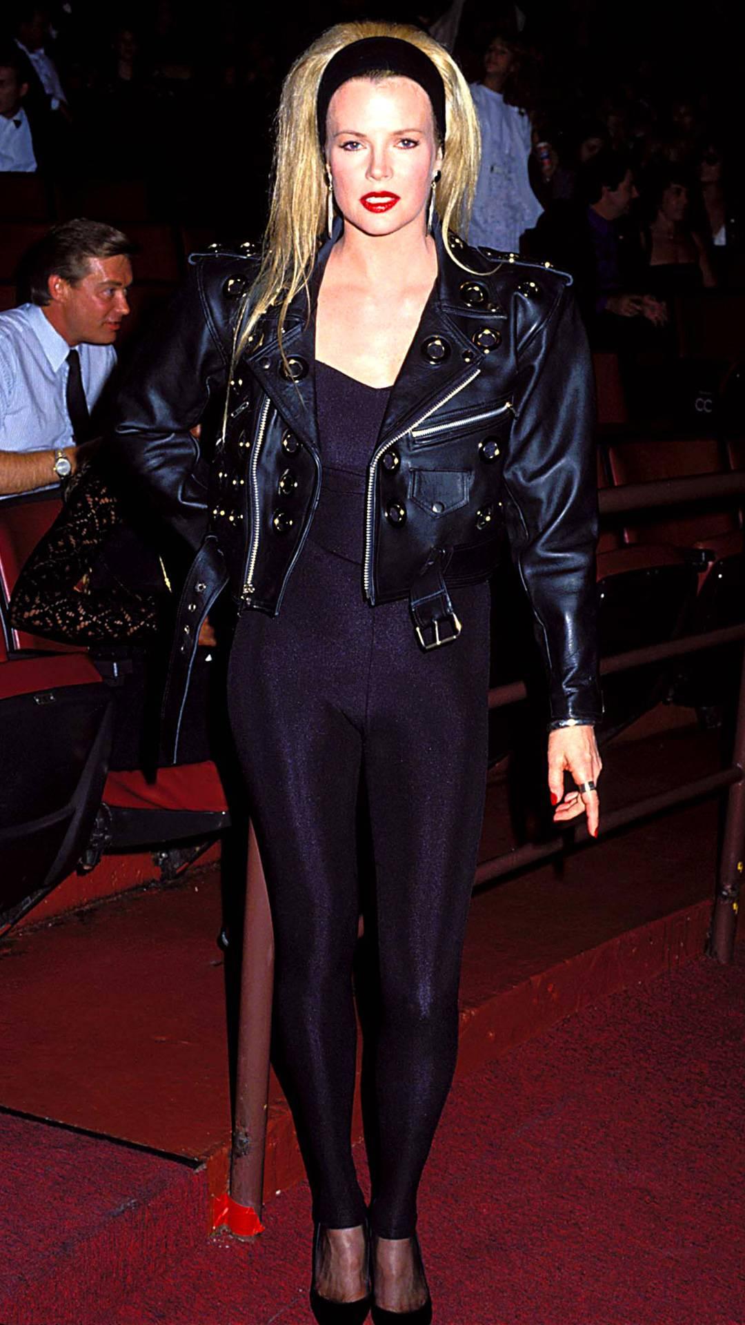MTV Video Music Awards 2021   Are These MTV VMA 90s Looks Making a Comeback?   Kim Basinger   1080x1920