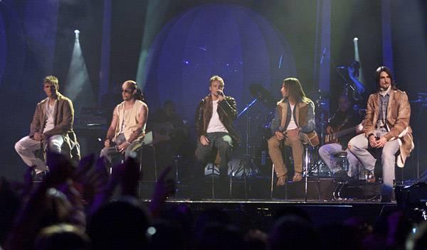 EMA 2000   Showstopping Performances Backstreet Boys   600x352