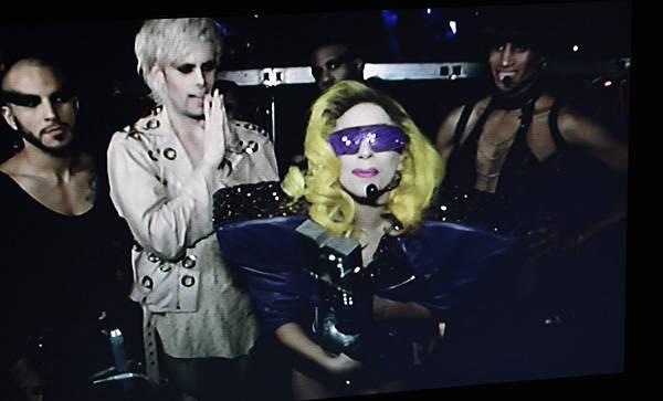 /content/music/ema/2010/photos/flipbooks/show-highlights/lady-gaga-106616284.jpg