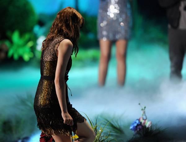 /content/ontv/movieawards/2011/photo/flipbooks/11-show-highlights/emma-stone-getty115271673.jpg