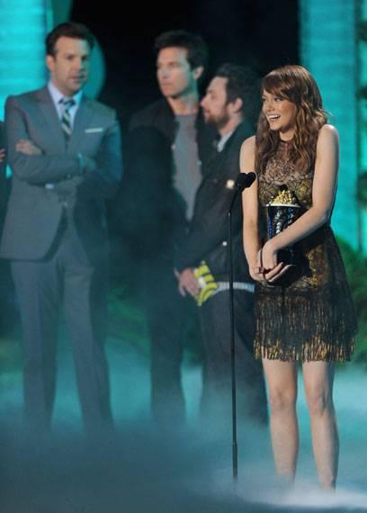 /content/ontv/movieawards/2011/photo/flipbooks/11-show-highlights/Emma-Stone-getty115273580.jpg