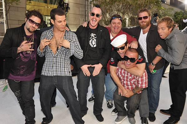 'Jackass' stars strike a pose on the red carpet at the 2010 MTV Video Music Awards.