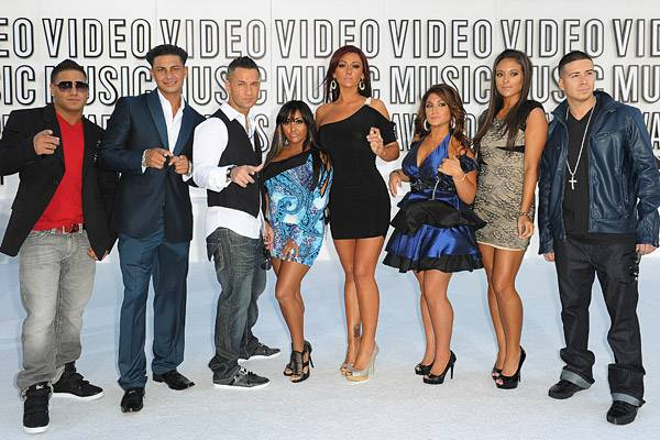 The gang's all here! The entire cast of 'Jersey Shore' made sure to GTL before hitting the red carpet at the 2010 VMAs.